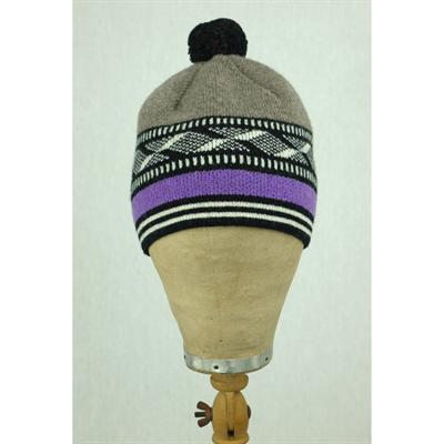 Bobble hat (grey/purple)