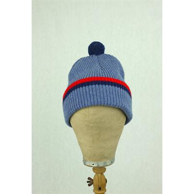 Bobble hat (light blue)
