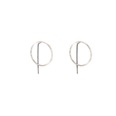 Harper Circle Pull-through Earrings (Silver)