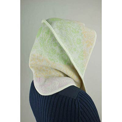 Der Dolly Gut Montage Hood scarf (green/cream/pink)