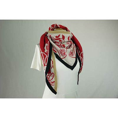 Something remembered Scarf (tan/red/black)